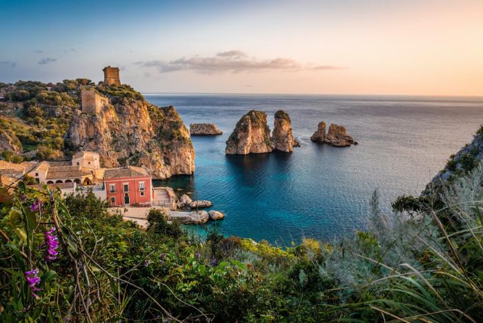 Retire in Sicily