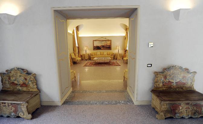 Interni Di Villa San Martino : Le ville di berlusconi raccontate dal suo architetto foto