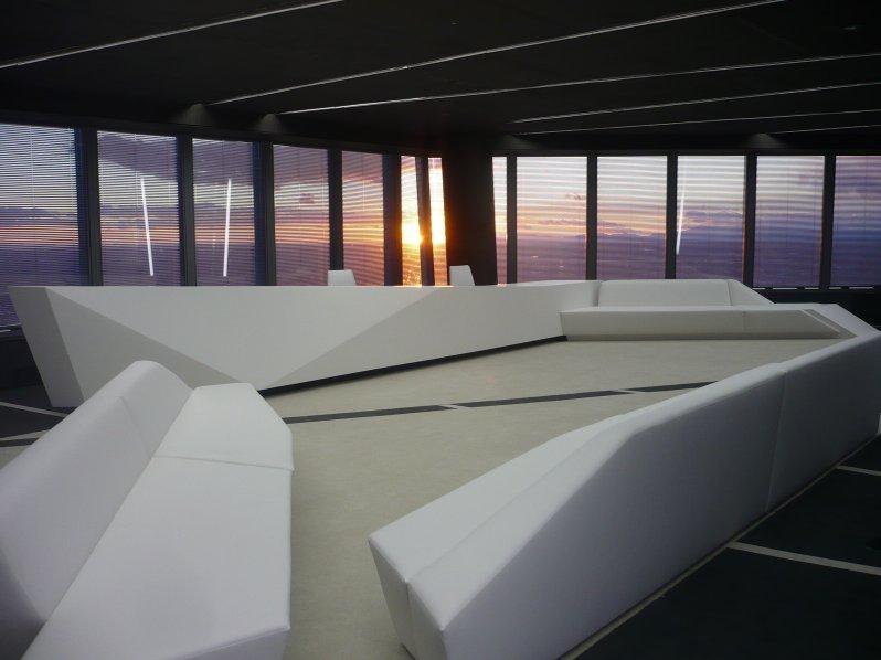 Uffici da sogno design nel grattacielo a madrid galleria idealista news - Idealista oficinas madrid ...