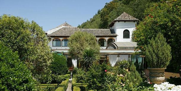 Case da sogno un palazzo andaluso ai piedi dell 39 alhambra for Case da 500 piedi quadrati