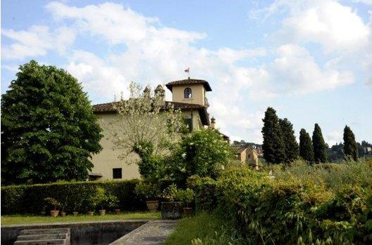 Vacanze di lusso a villa spelman a firenze ti avvolge la for Case di lusso a una storia