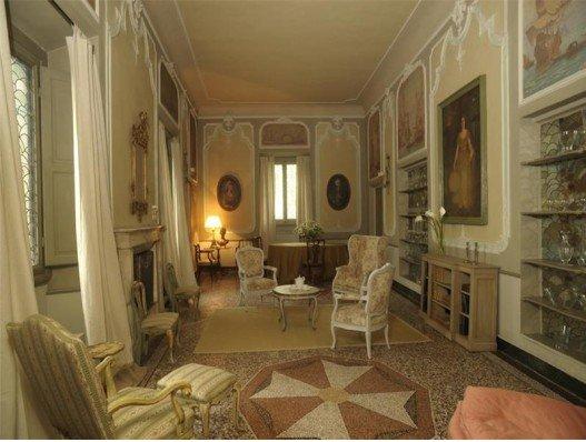 Vacanze di lusso a villa spelman a firenze ti avvolge la for Disegni di lusso di una storia a casa