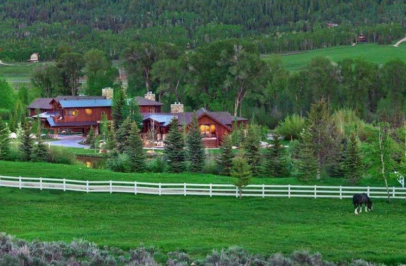 Case da sogno un ranch per cinefili tra le nevi delle for Migliori piani casa ranch artigiano