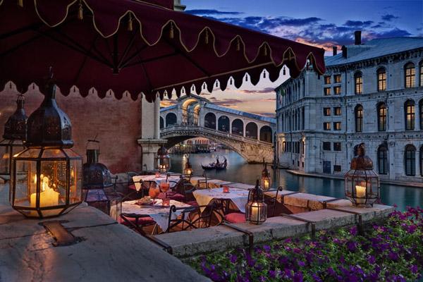 Risultati immagini per Cena romantica Venecia