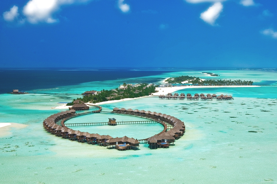 olhuveli beach &spa resort