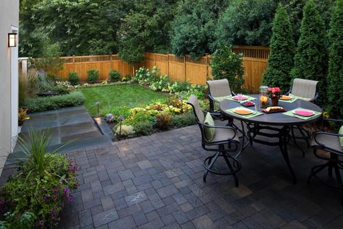 12 idee per decorare un giardino di piccole dimensioni ... - Giardino Piccolo Idee