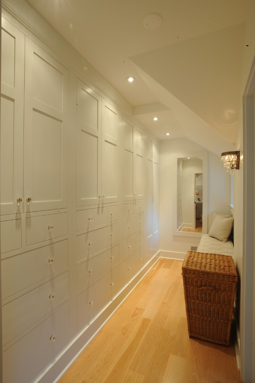 Idee Bagno Lungo E Stretto : Idee per decorare un corridoio stretto fotogallery