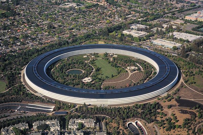 Apple Park Cupertino, veduta aerea / Creative commons