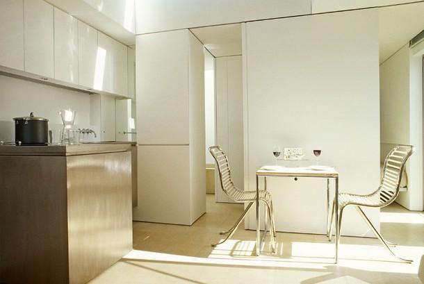 gli ambienti devono essere luminosi, puliti, curati e contraddistinti da un arredamento essenziale