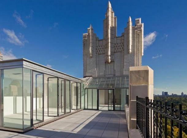 In vendita a new york l 39 attico che fu location del celebre for Case in vendita new york manhattan