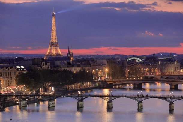 I prezzi delle case di parigi sono scesi sotto gli 8mila for 3 costo del garage per metro quadrato