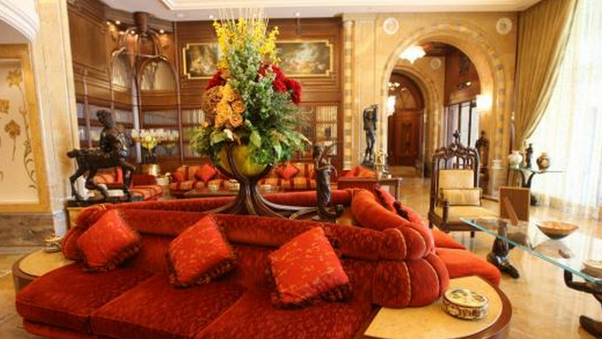 La suite pi grande del mondo ha sei piani m2 di for Piani di aggiunta suite suocera