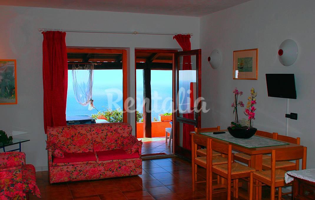 Un angolo di paradiso tra il mare turchese e le for Affittare casa a barcellona