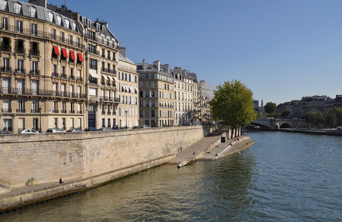Quai d'Orleans (Parigi, Francia)