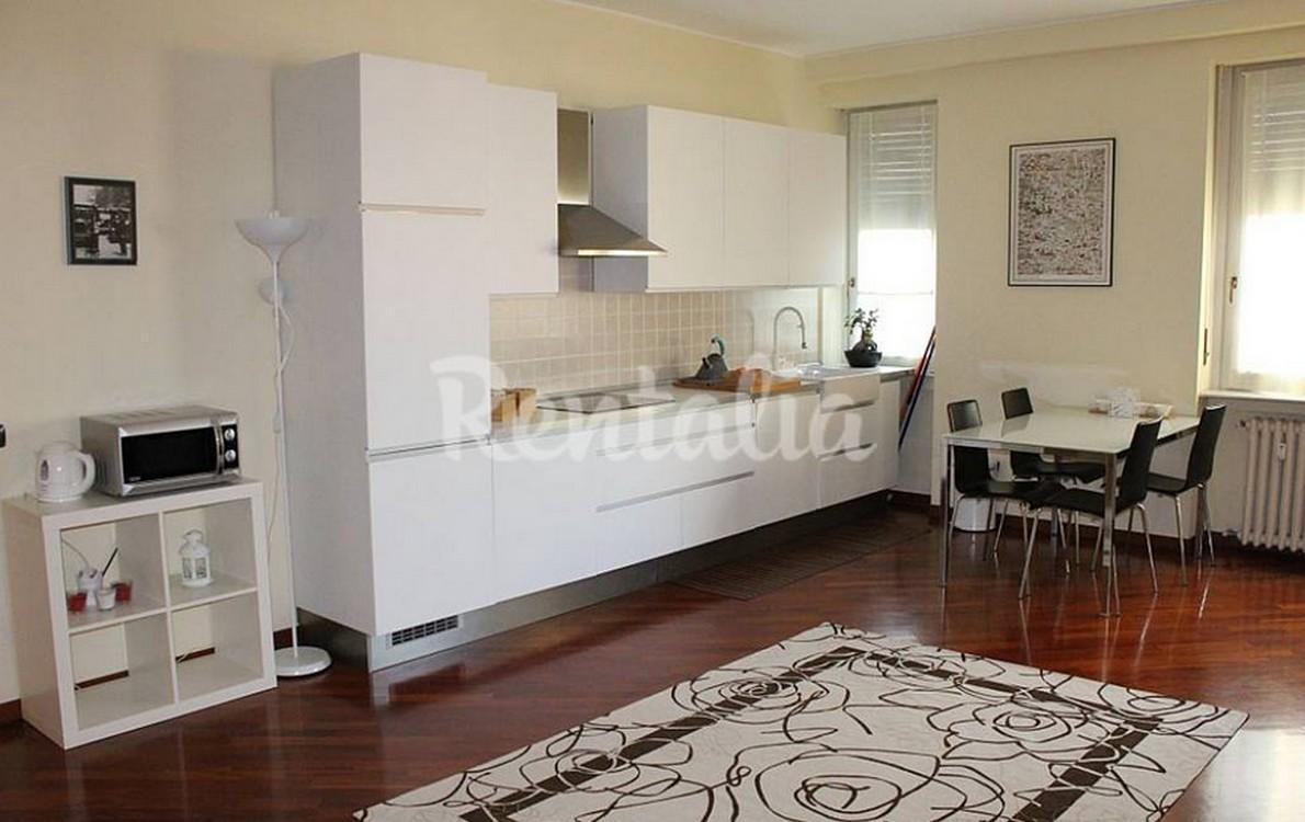 a milano un appartamento moderno e curato per visitare la