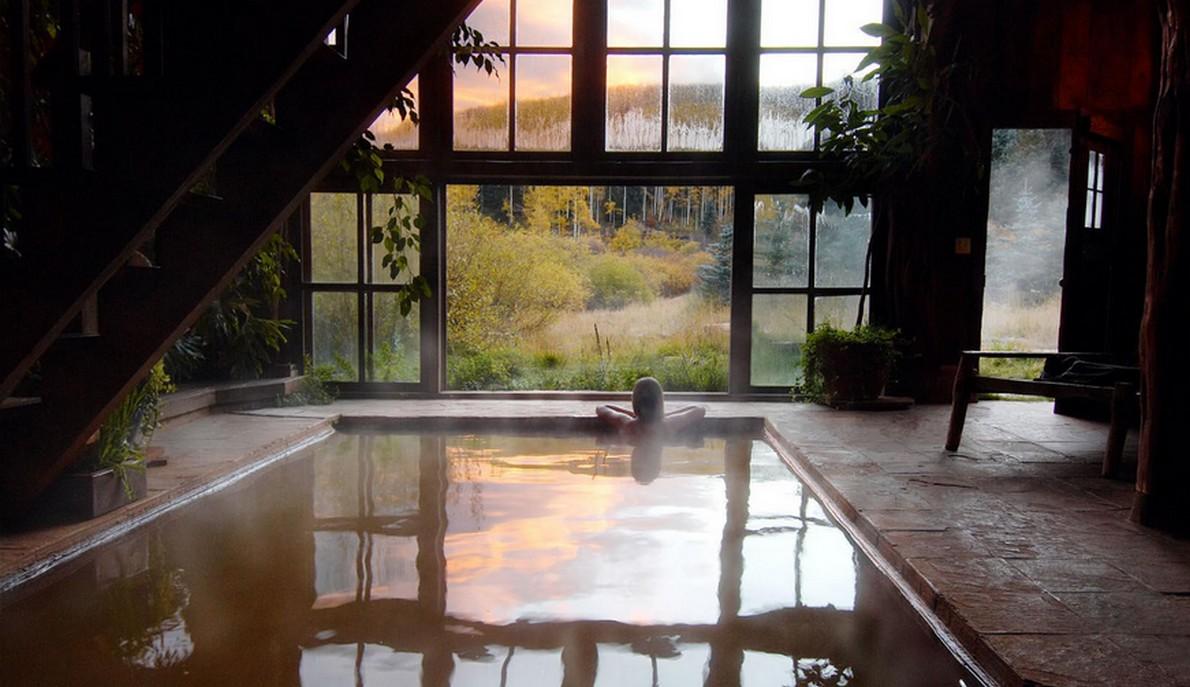 La piscina dell'hotel di lusso
