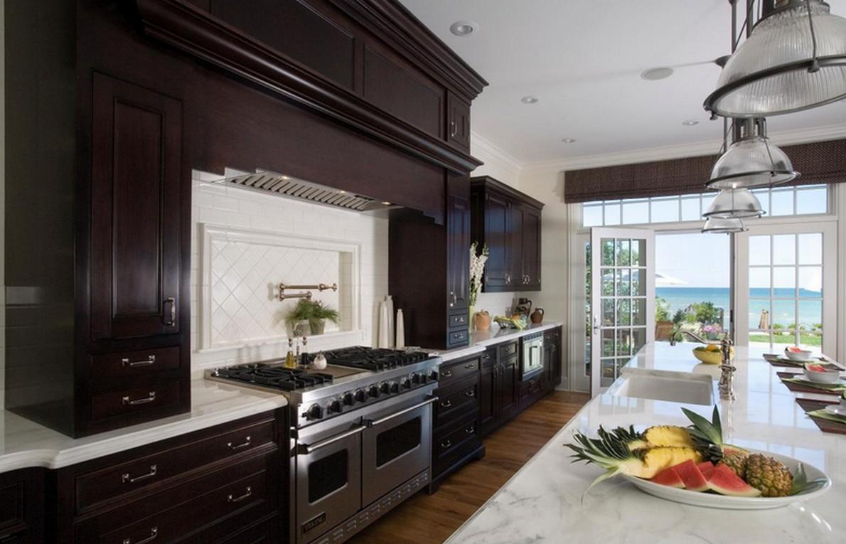 Perch negli stati uniti le case hanno grandi cucine con for Case stile americano interni