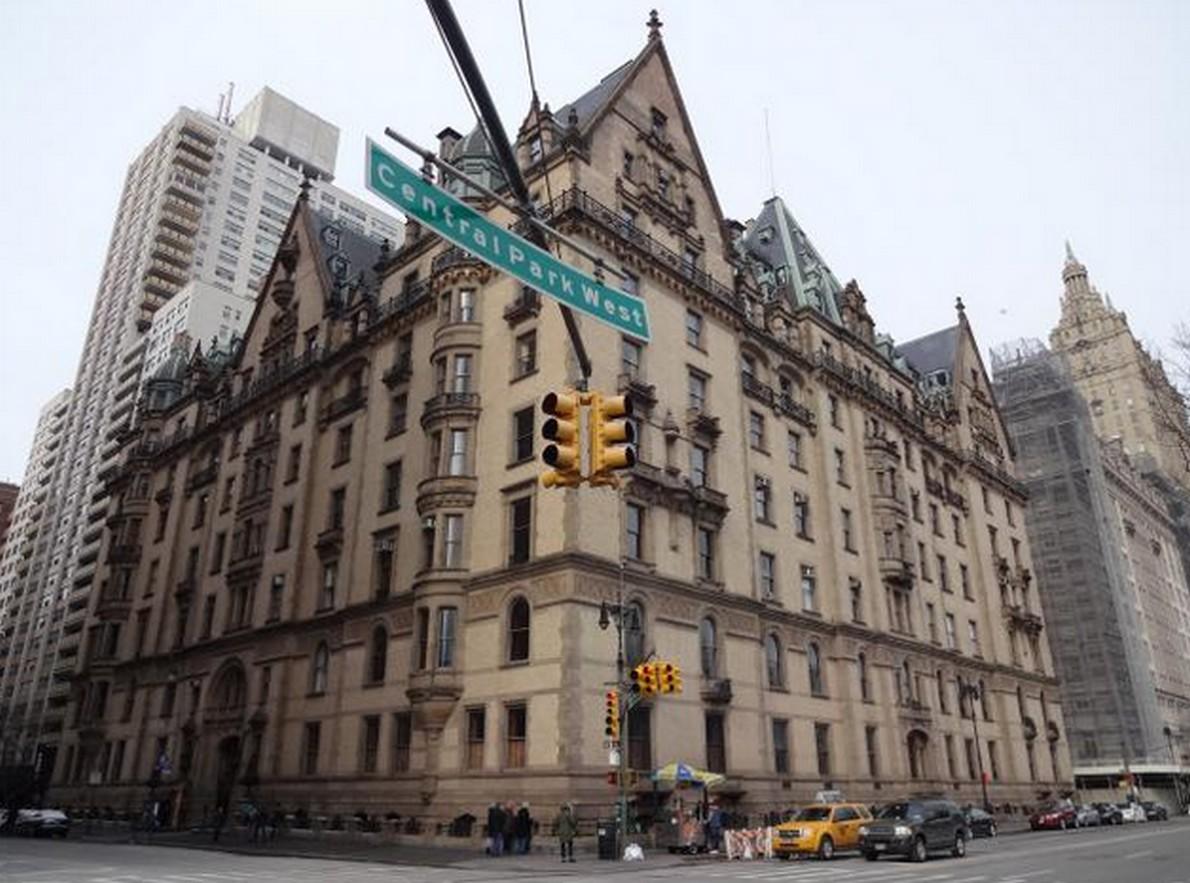 L'edificio Dakota, nel cuore di Manhattan