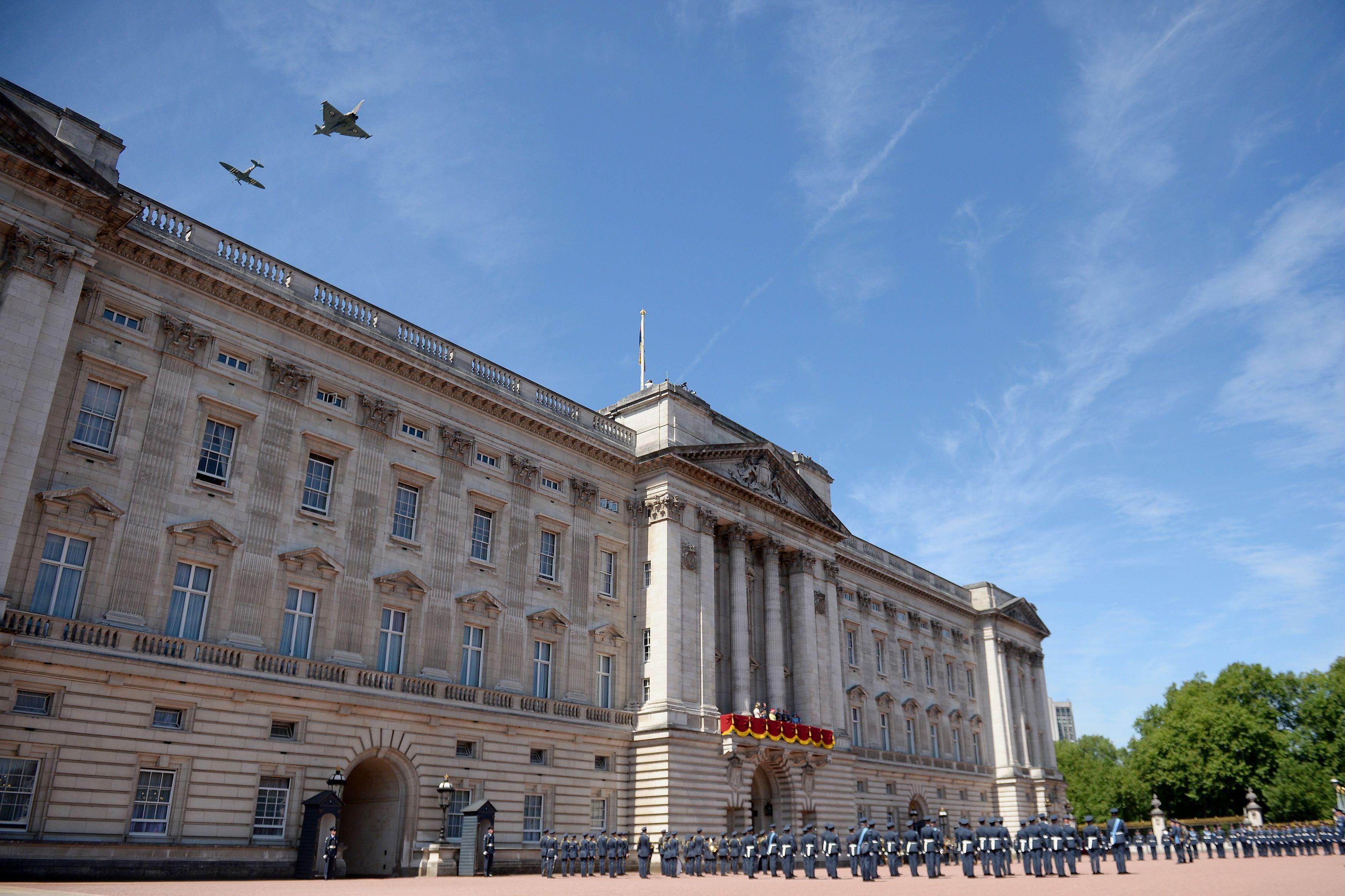 La facciata principale di Buckingham Palace