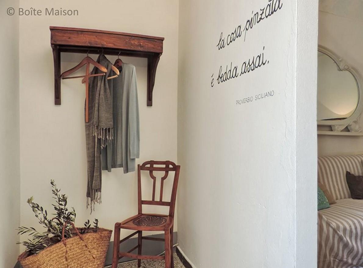 Scritte per riempire pareti vuote