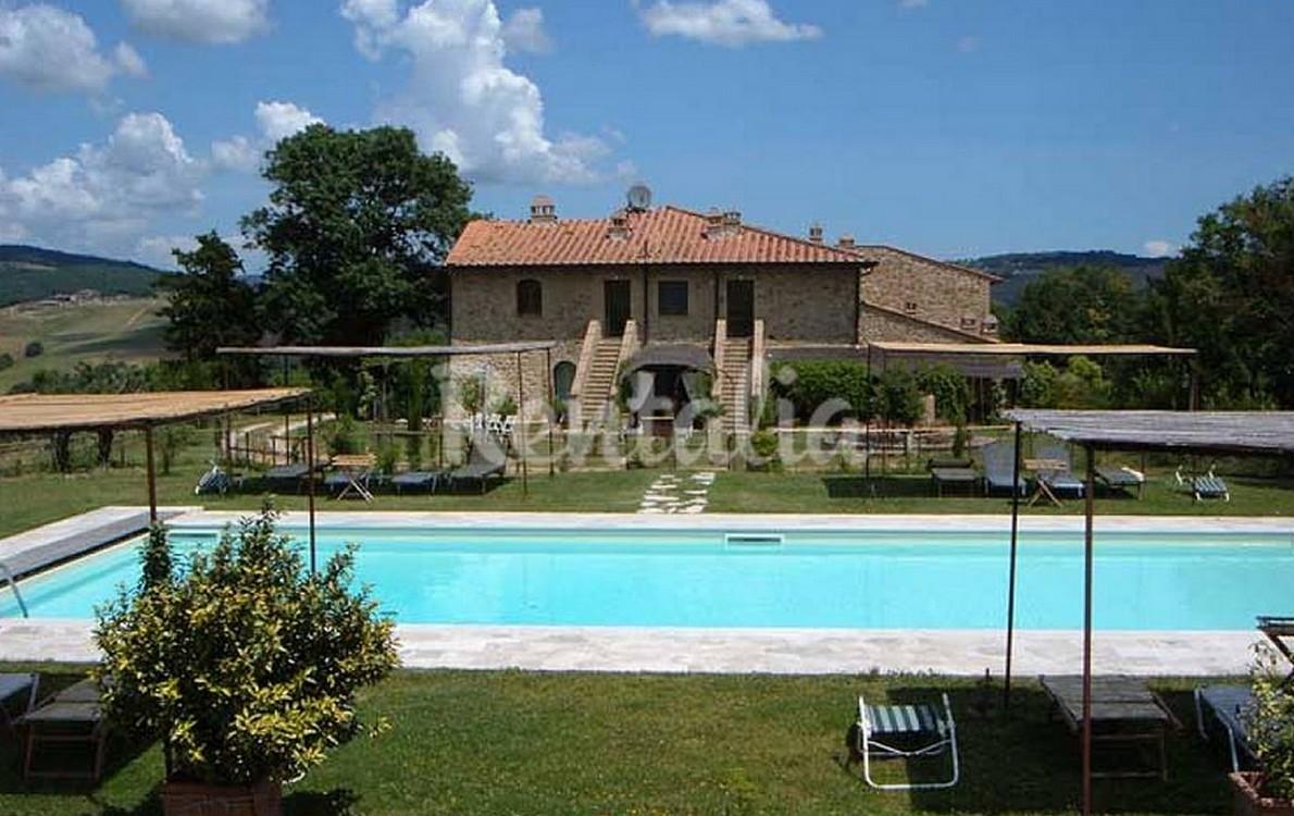 Il casale con piscina in Toscana
