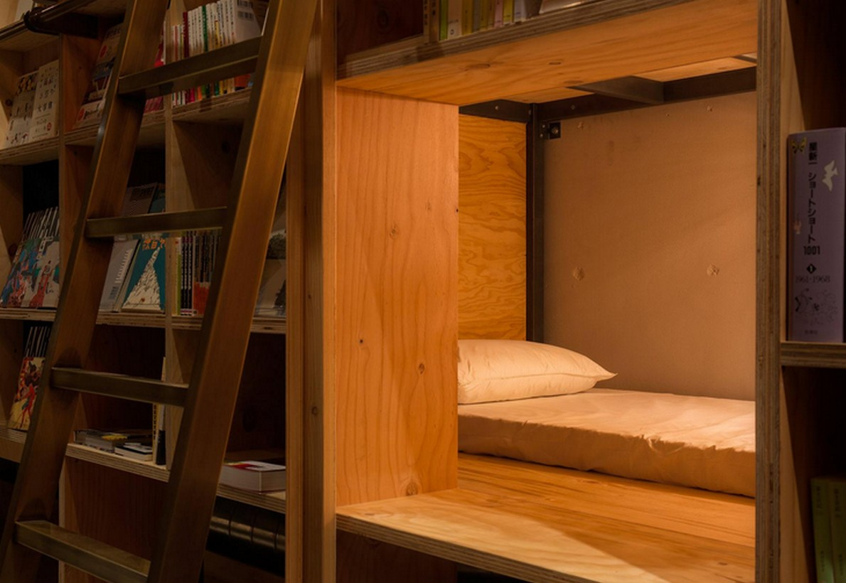 I letti nelle librerie dell'hotel