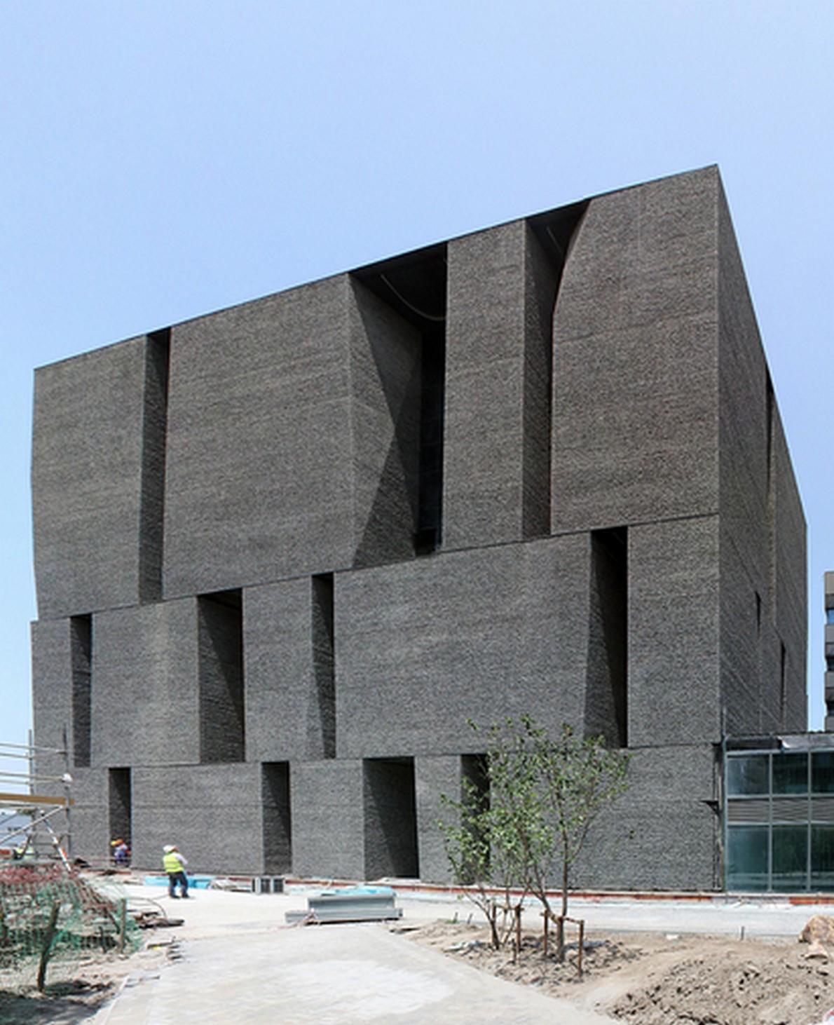 Le opere pi famose di alejandro aravena l architetto dei for Architetti famosi moderni