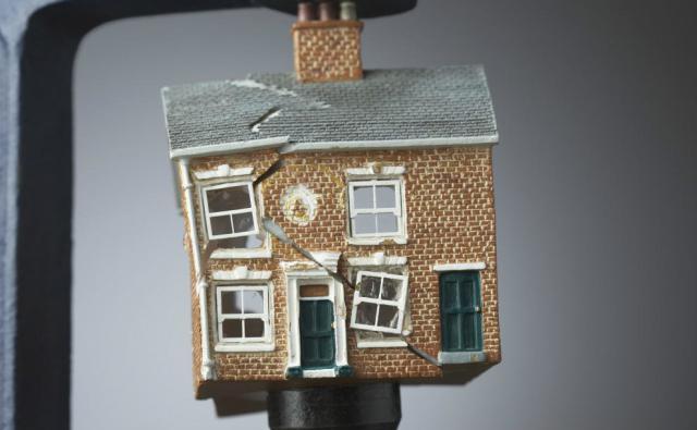 Come ristrutturare la tua villa ad arcore se non sei for Case italiane immobiliare