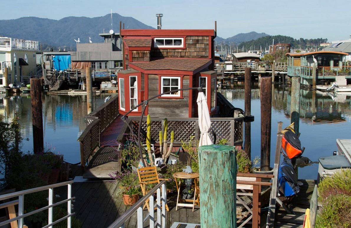 L ultima comunit hippie un quartiere di case for 3 case di storia in california