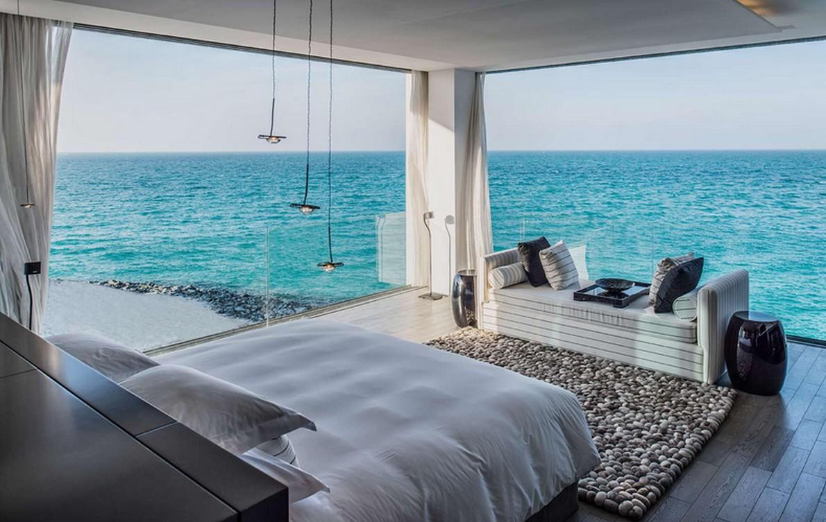 Hotel con stanza sul mare