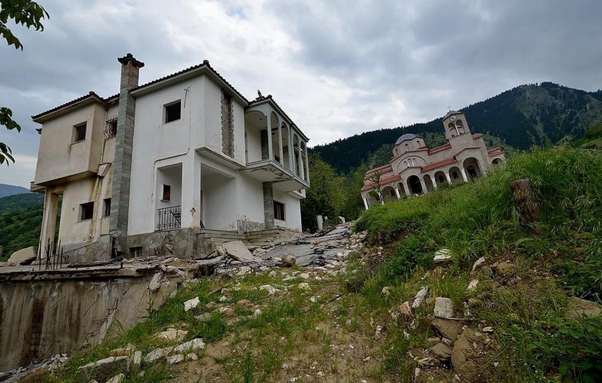 Il villaggio abbandonato in Grecia