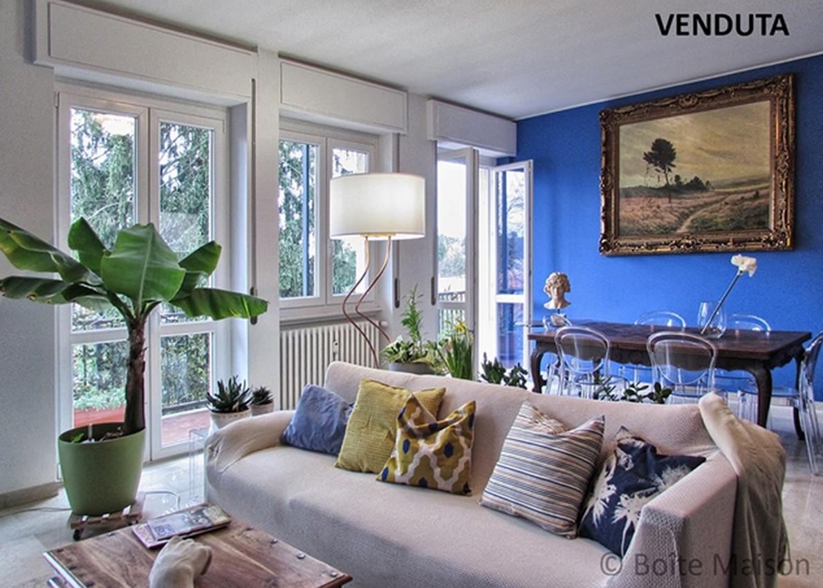 Ecco come miscelare gli stili nelle case da vendere e for Foto case arredate