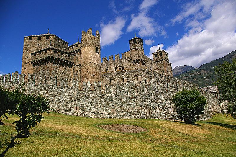 Castello di Fénis foto