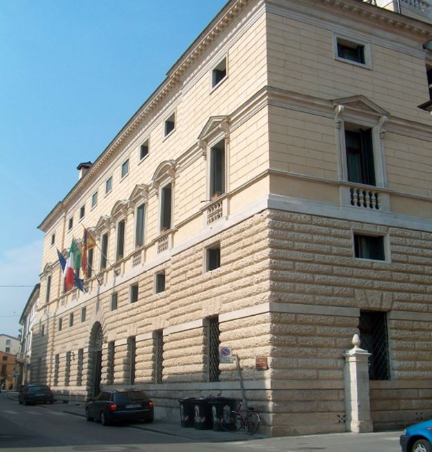 Vicenza, Palazzo Franceschini Folco