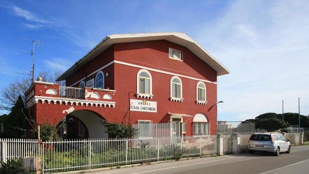 Casa cantoniera di Torre a Mare (Bari)