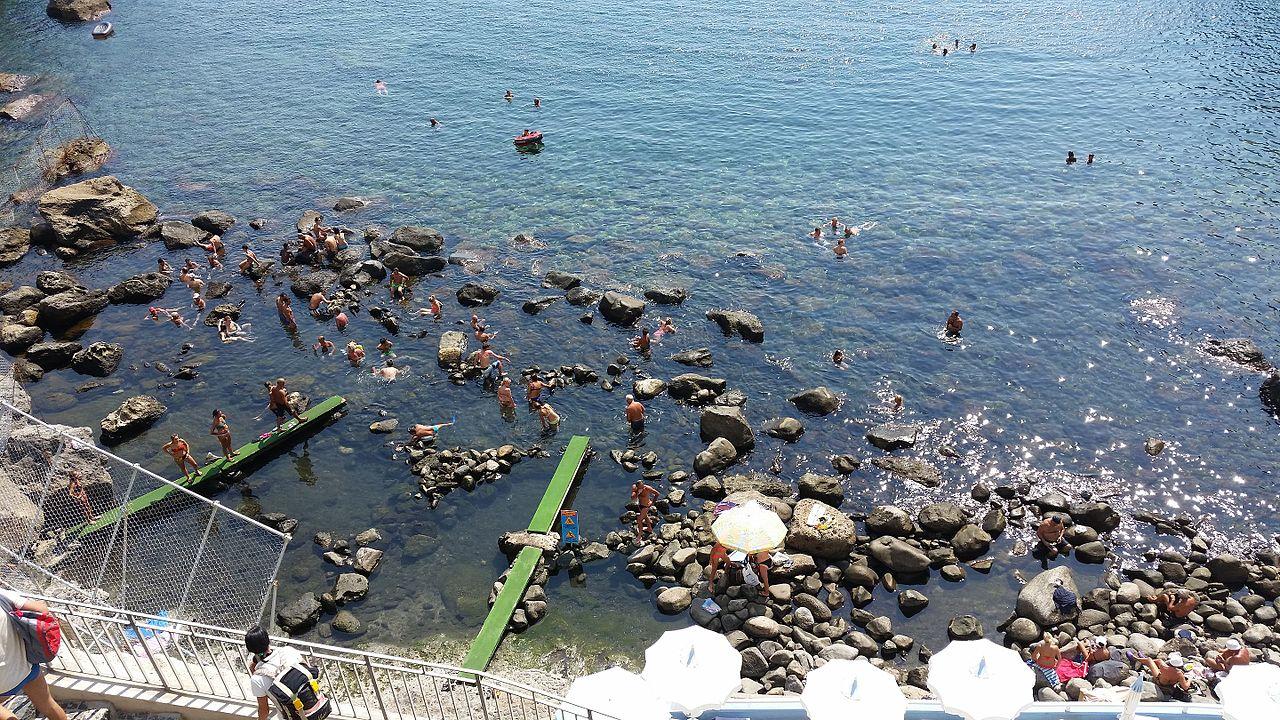 8 piscine naturali in Italia