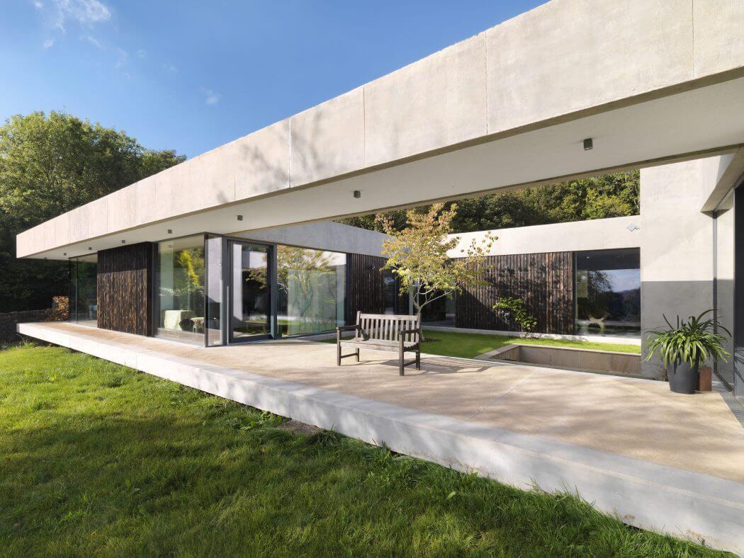 Inside Outside House: la casa pensata per vivere dall'esterno all'interno