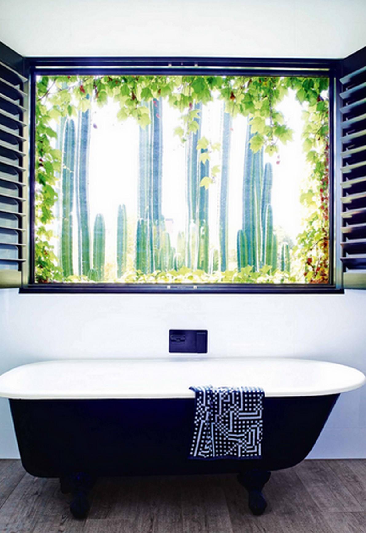Vasca Da Bagno Con Vista Sulla Citta Interior Design : Ecco vasche da bagno con vista per rilassarsi godendo