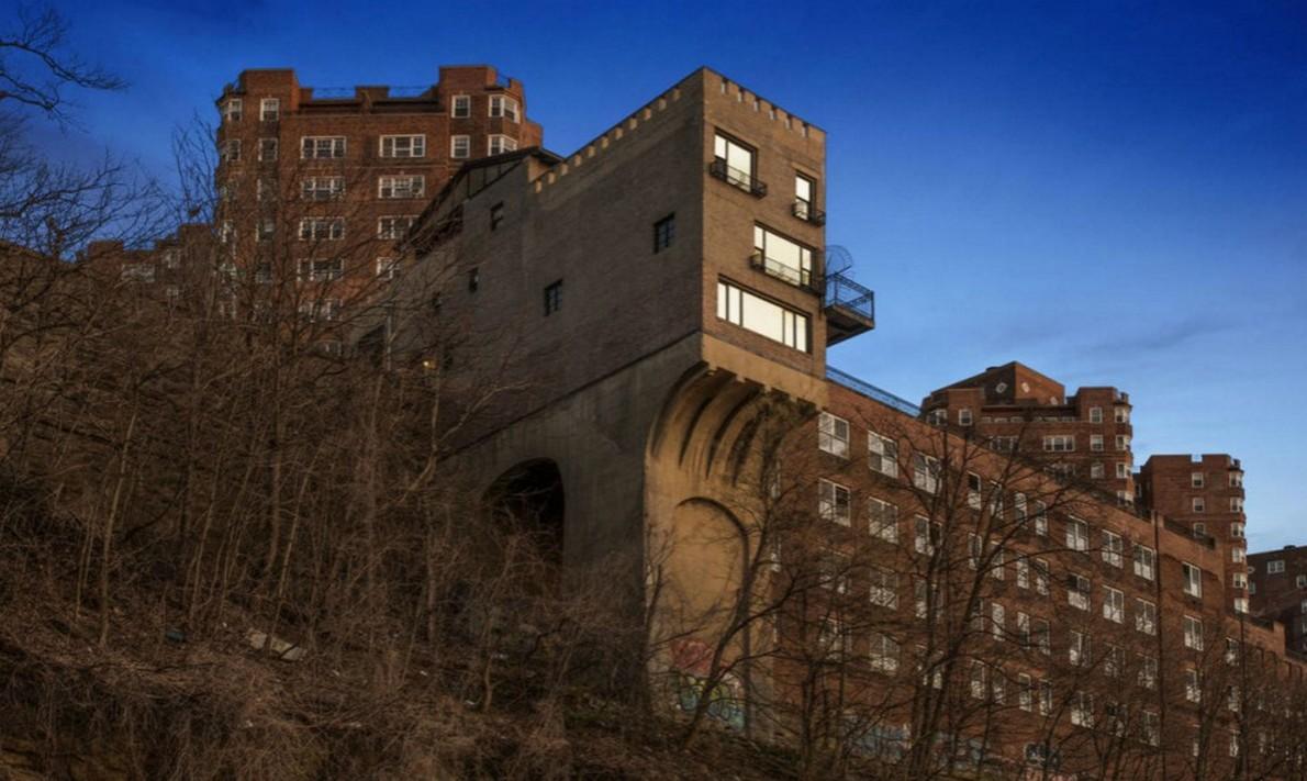 La casa pi singolare di new york in vendita per 4 7 for Case in vendita manhattan