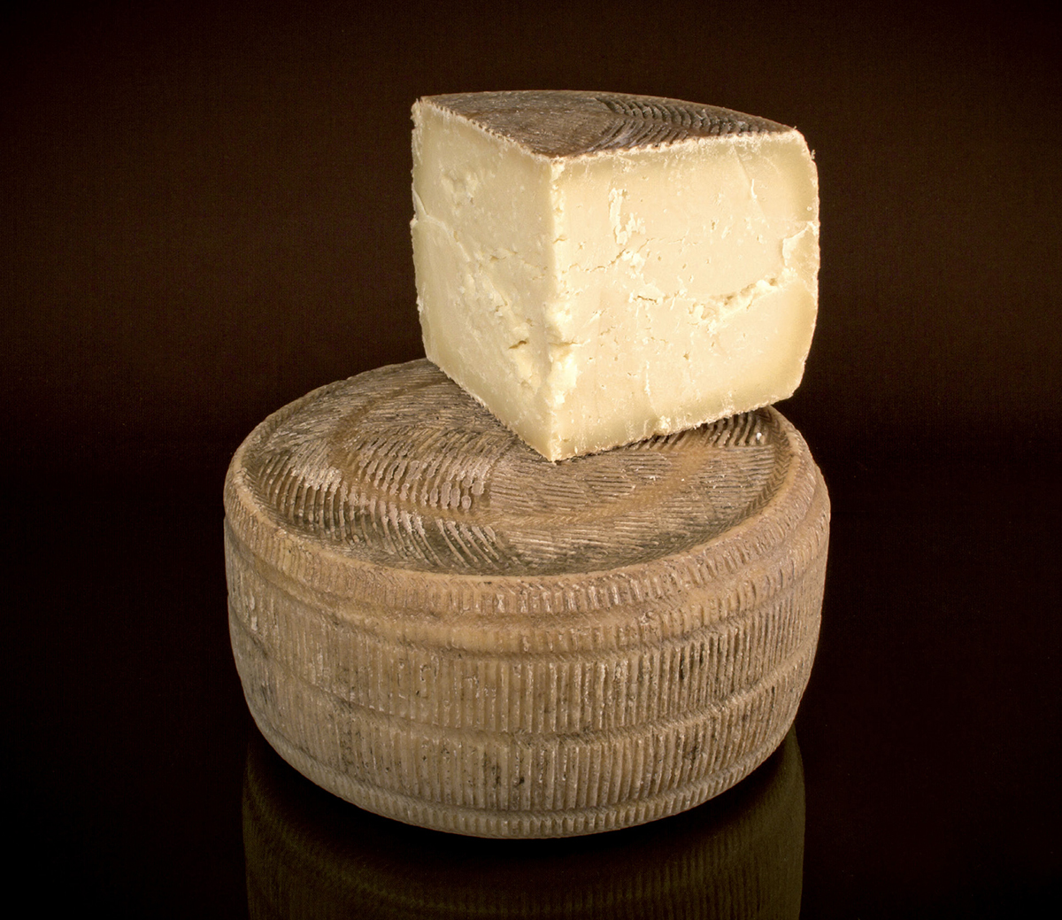Canestrato Pugliese DOP / formaggio.it / formaggio.it