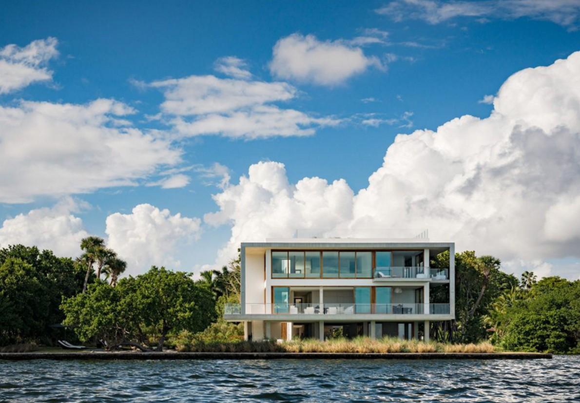 """Casa Bahia"" dispone di 2000 m2"