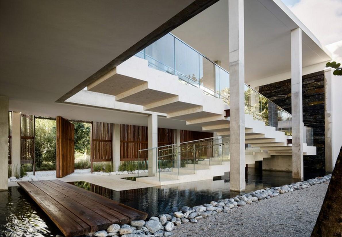 Il regista ha contribuito al design della casa