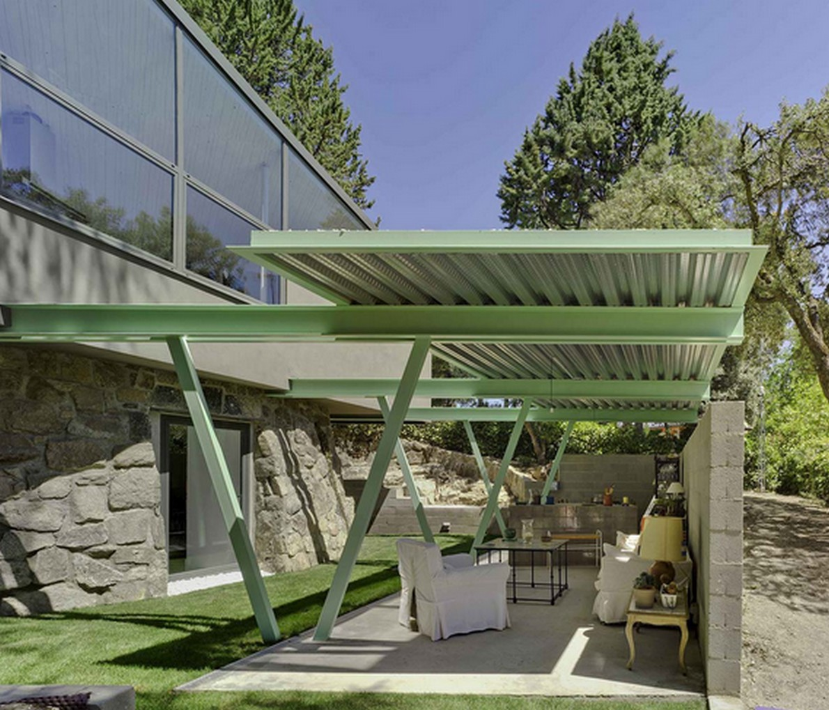 Un vecchio deposito d acqua trasformato in una casa for Casas modernas idealista