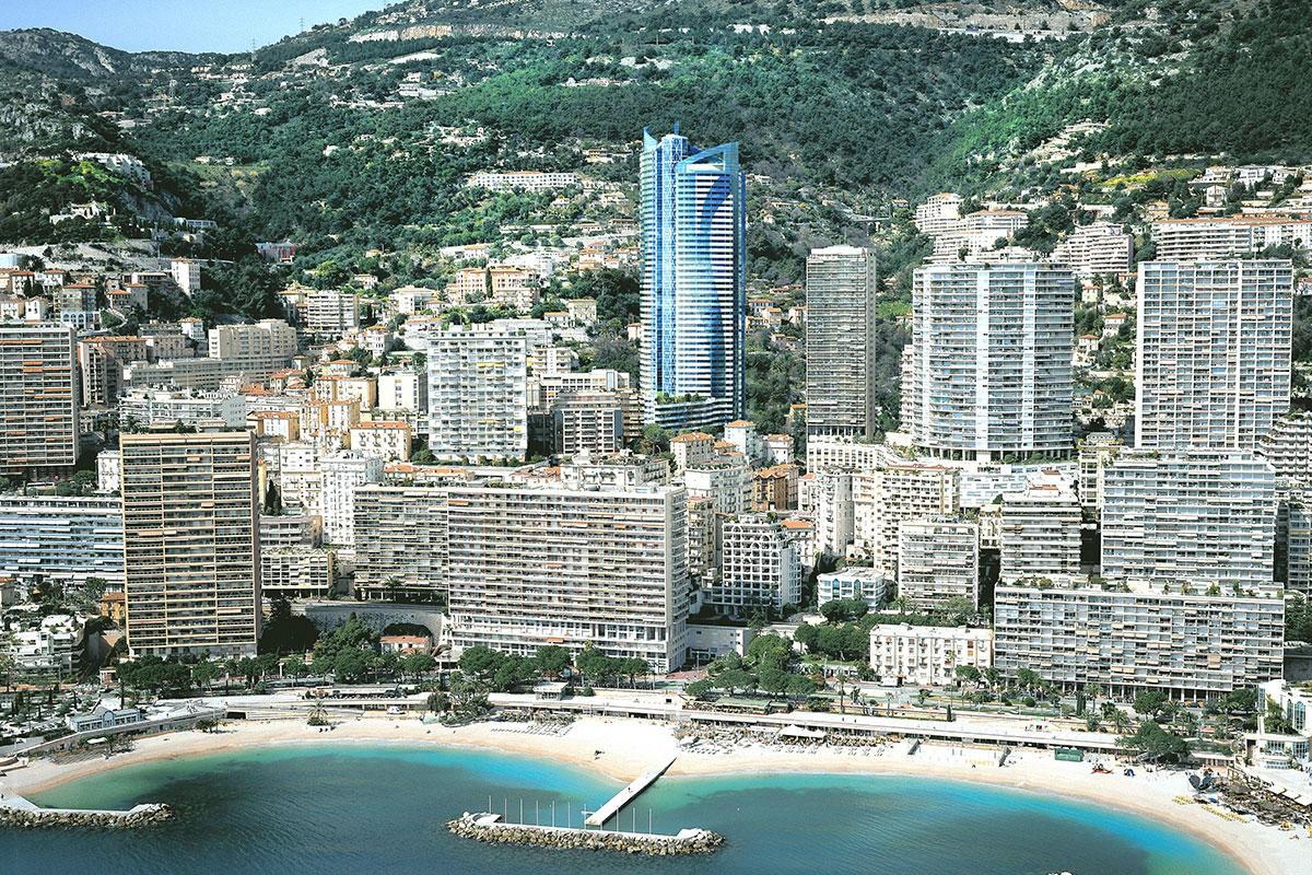 L'edificio è il primo grattacielo realizzato a Monaco negli ultimi 20 anni