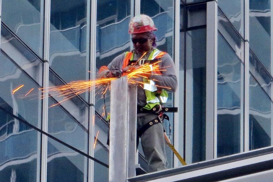 5 – Dispositivi indossabili per proteggere i lavoratori edili