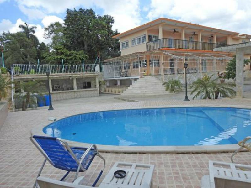 Casa di lusso (6 camere da letto e 6 bagni) - prezzo sconosciuto