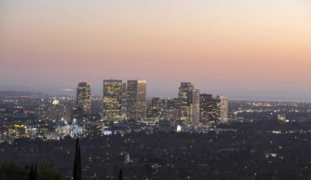 La vista notturna su Los Angeles