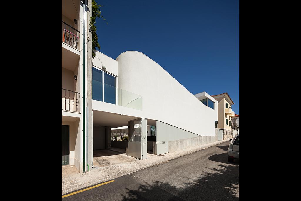 Una casa a tre piani senza scale idealista news for 6 piani di casa colonica di 6 camere da letto