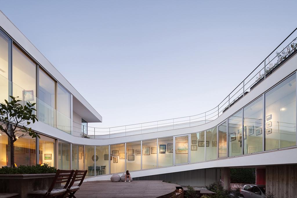 una casa a tre piani senza scale idealista news