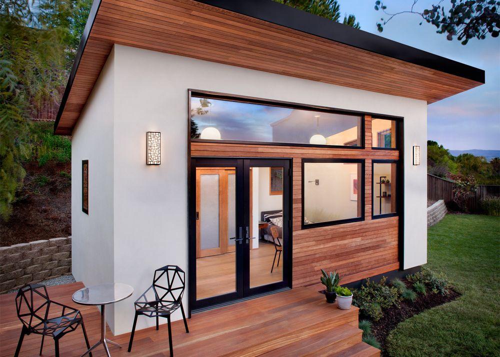 Una casa con giardino